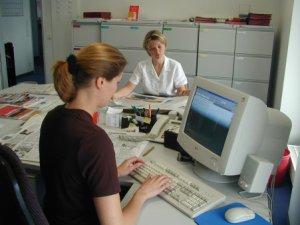 1998: Neue Büroräume auf der Moses-Stern-Straße in Mönchengladbach-Rheydt.